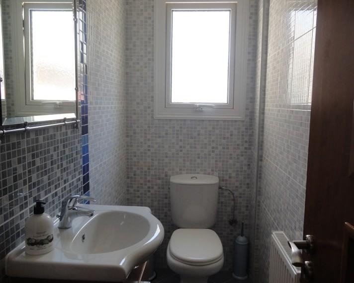 018guest toilet