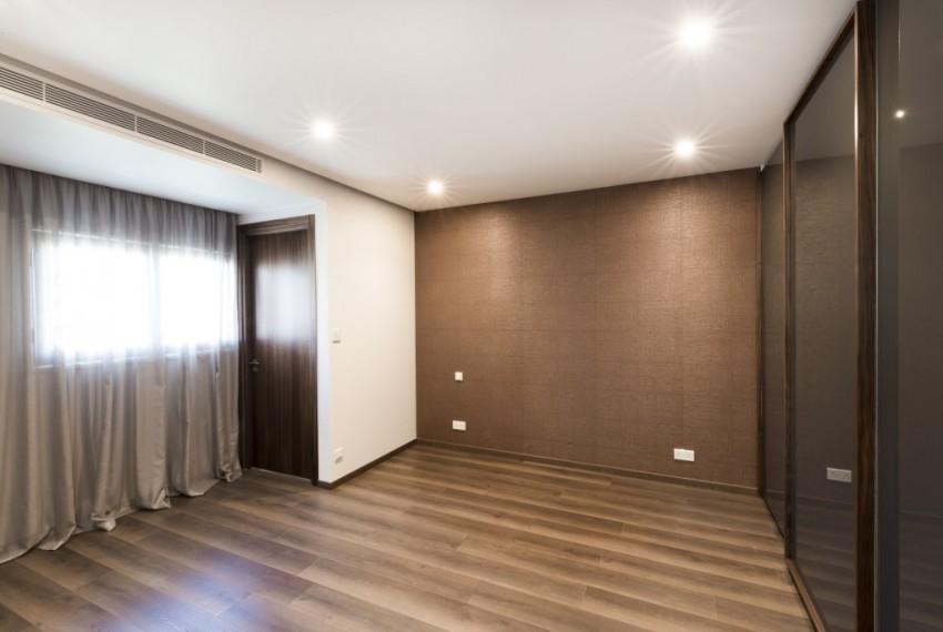15 Interior-43