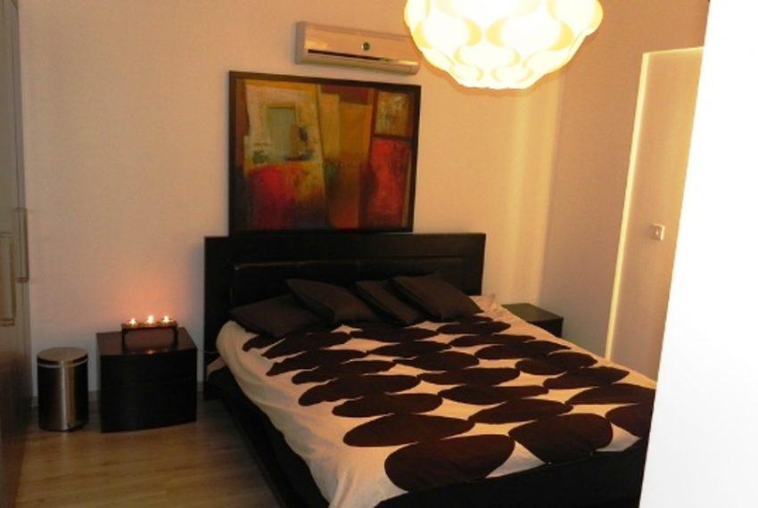 16Master Bedroom1