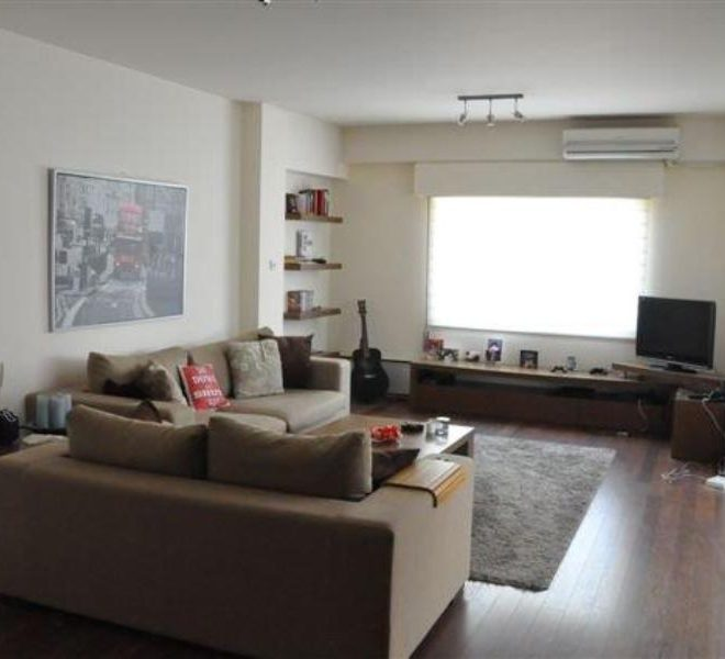 2 BEDROOM FLAT IN THE SEA (9)