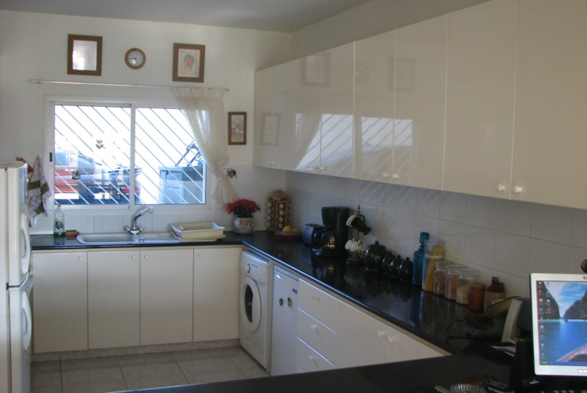 2-bed-townhouseSR4183 (3)