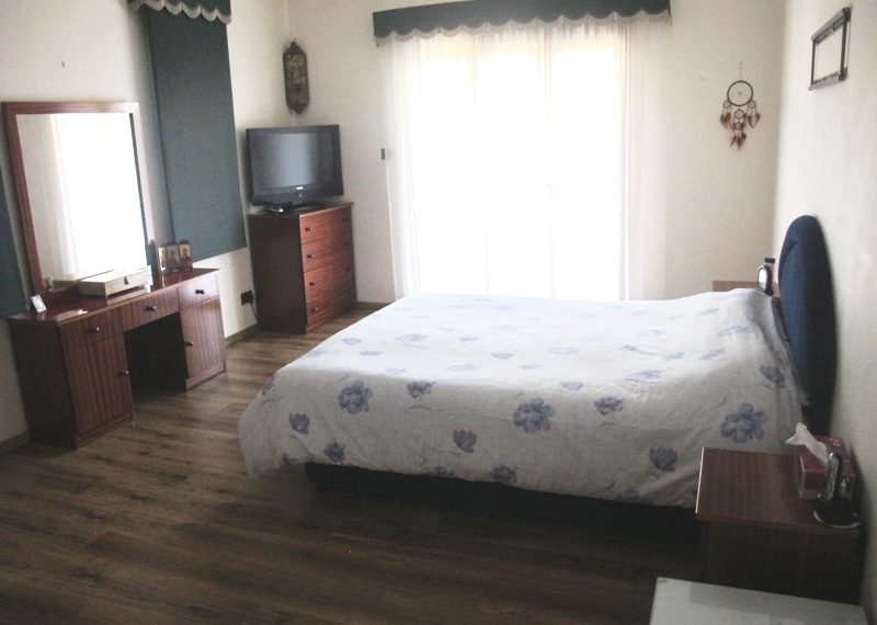 37.MASTER BEDROOM