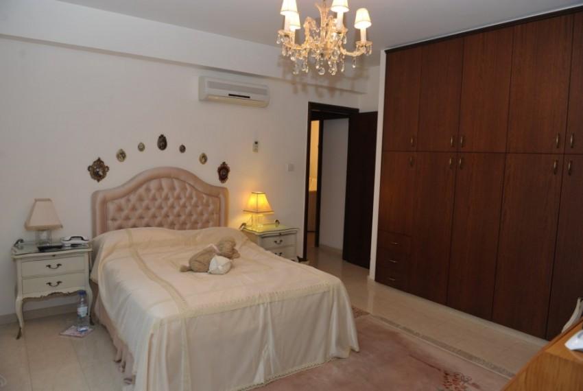 7872 Main Bedroom