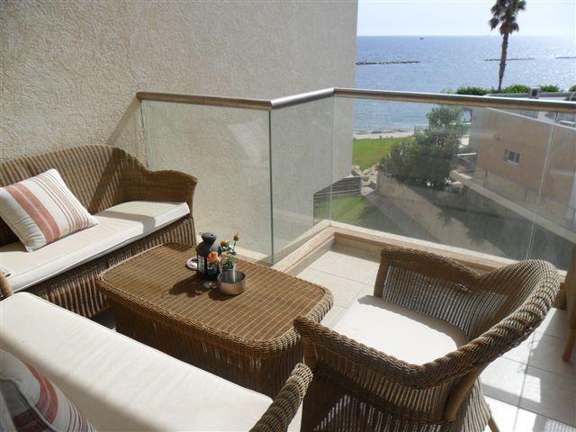 Balcony (8)