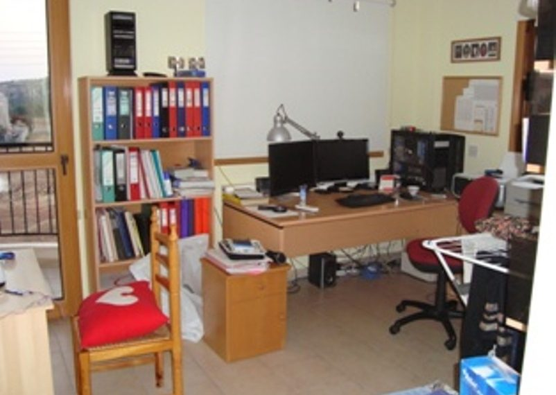 Bed 5 Office px