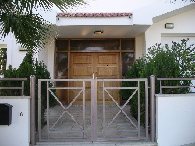 Entrance sr6692 7