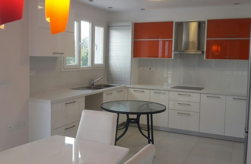 Kitchen and outside round table