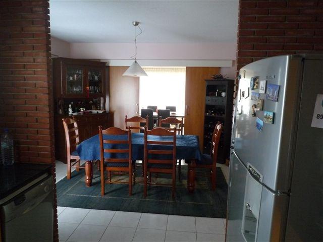 Kitchen2.JPG.JPG (2)