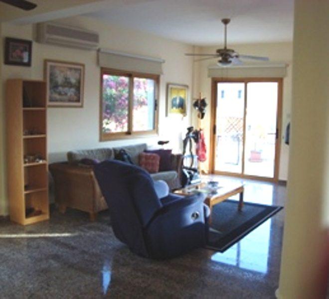 Living Room 2 px