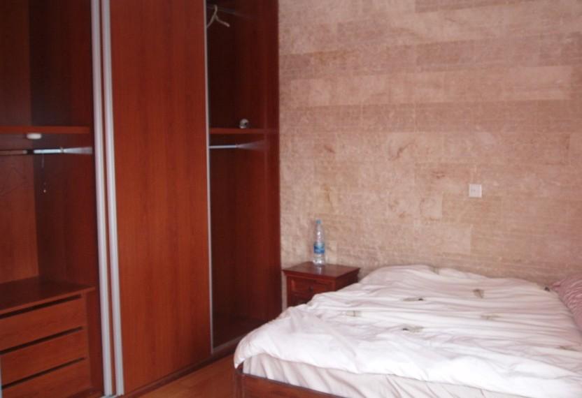 SR4598 master bed