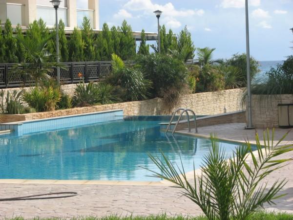 Seafront apartment communal pool SR5045