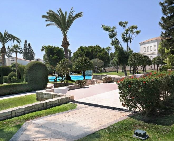 Thera complex gardens 2