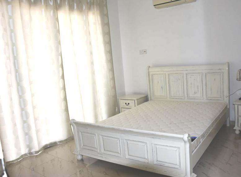 bedroom-2-en-suite-min