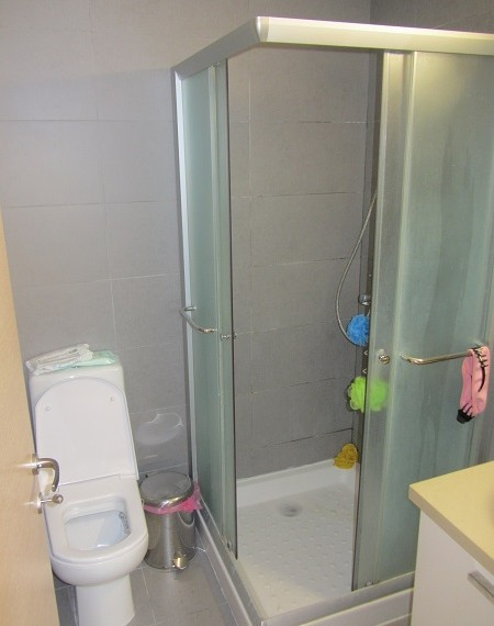 c11_Shower%20Room[1]