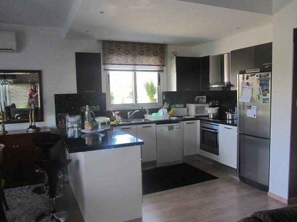 c15_Kitchen[1]