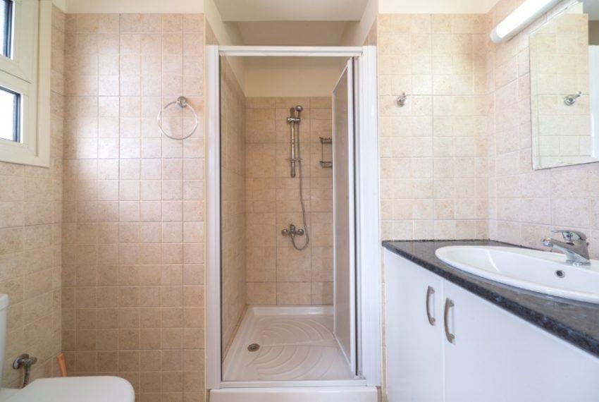 ensuit shower