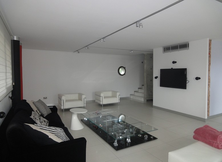 living area2