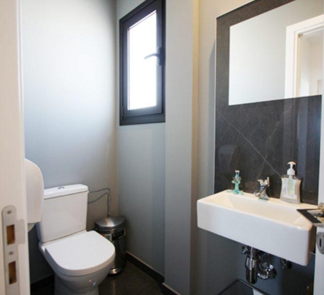 mens WC