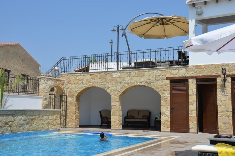 pool, veranda