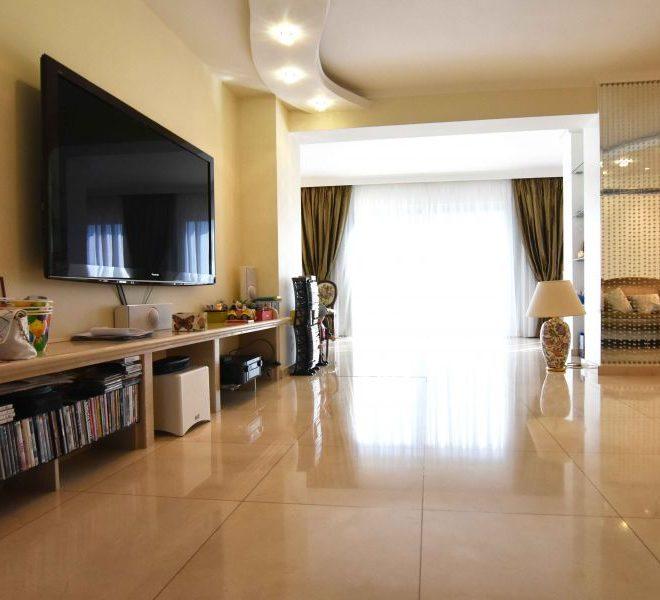 property_media_560903