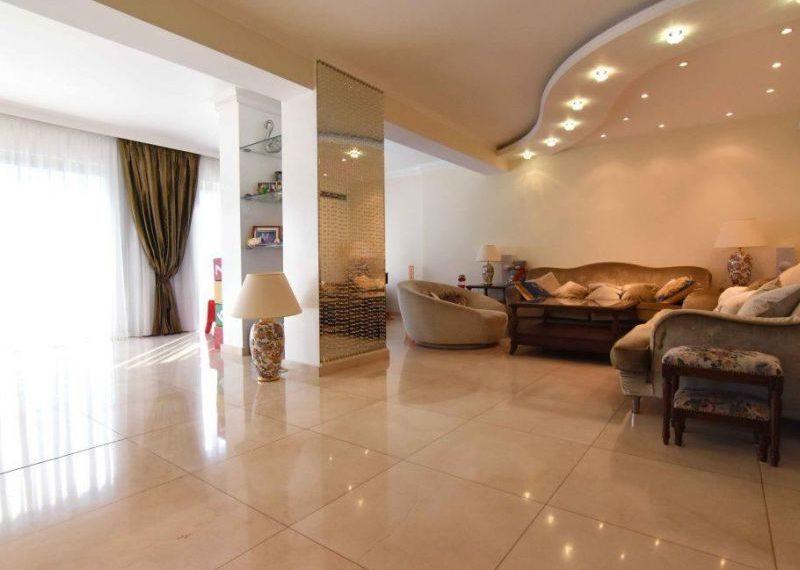 property_media_560972