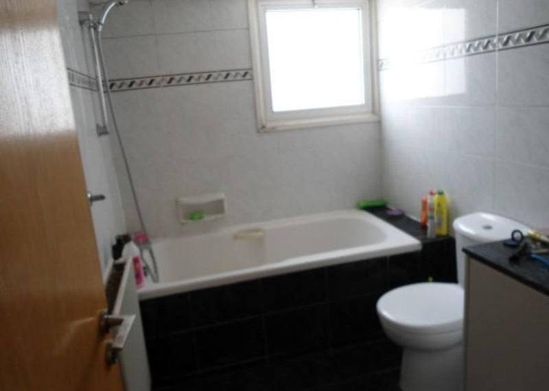 sks179-bathroom