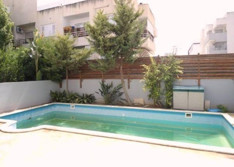 sks179-private-swimming-pool