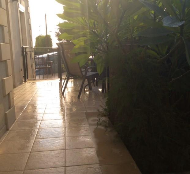 srafront veranda