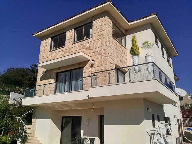 villa-front1